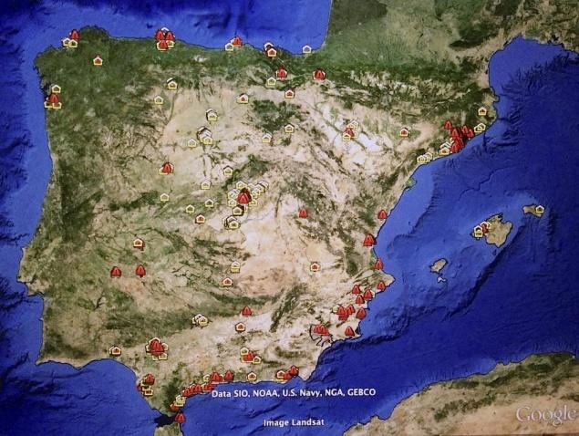 Superposición de Barrios y Areas Vulnerables (2009) y Sectores Urbanísticos en marcha mayores de 1000 viviendas (2010)