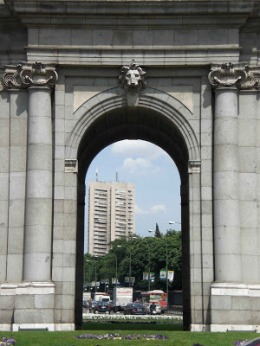 TORRE DE VALENCIA javierCarvajalFerrerArquitecto.jpg